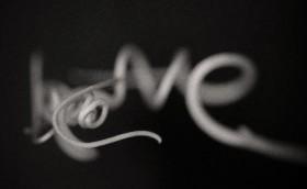 """Liane en forme de """"Love"""""""