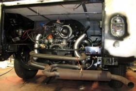 Combi VW: repose moteur
